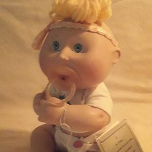 DANBURYMINT CABBAGE PATCH PORCELAIN EMILY ANN DOLL